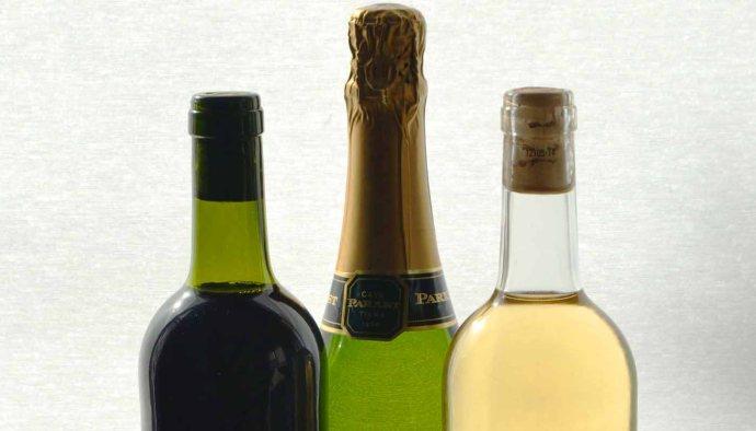 Tipos de botellas de vinos: más allá de la estética