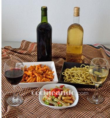 ¿Qué vinos servir con platos de pasta? Maridajes de vinos y pasta con salsas de tomate y hortalizas