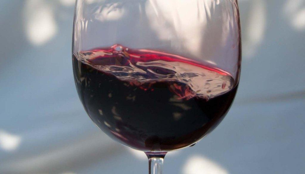 cuatro razones por las que un vino se pone malo -por qué se pone el vino malo - cuando se pone malo el vino