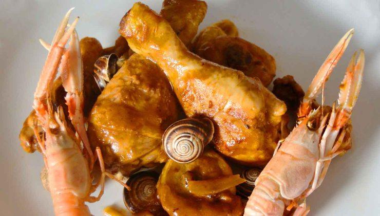 Gastronomía típica de Cataluña, mar y montaña en el plato