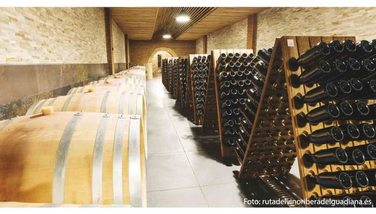 Denominación de origen Ribera del Guadiana marco geográfico, variedades de uvas y tipos de vinos - enoturismo