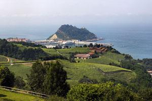 Ruta del vino del Txakoli de Getaria - vinos de España - enoturismo en Euskadi o País Vasco