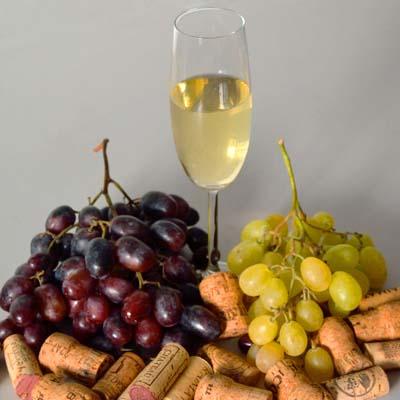 Cómo se elaboran vinos espumosos: en qué consiste el método champenoise o tradicional